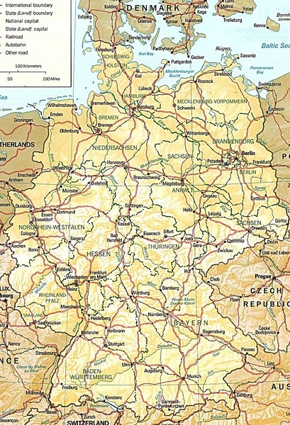 Map of Germany showing roads, railways and cities. From travelswise.com